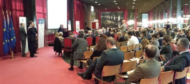 Documenti correlati al secondo Dibattito Nazionale POLITICALLY.EU: Per una Politica Estera e di Difesa comune dell'UE (Torino, Teatro Regio, 9 novembre 2013)